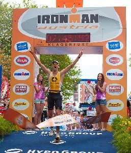 Marino Vanhoenacker smashes Ironman World Record