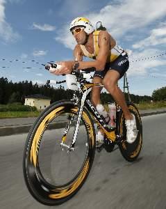 Marino Vanhoenacker wins Ironman European Championship